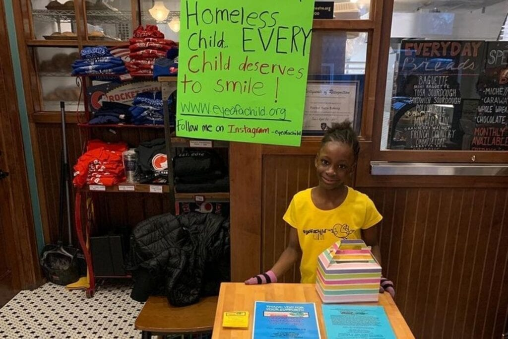 8-year-old girl starts charity to send money and toys to homeless children