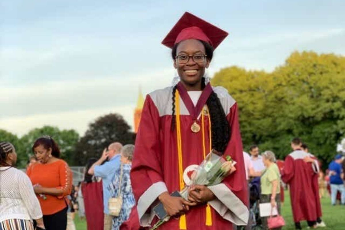 Harvard-bound student donates her $40K scholarship after being inspired by principal's graduation speech