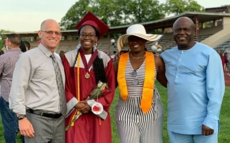 Harvard-bound student donates her $40K scholarship after being inspired by principal's graduation speech.