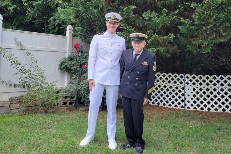 Grandfather with Alzheimer's gives Navy-bound grandson his 1st salute.